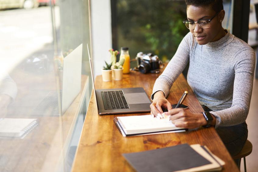 Why Hire a Marketing Copywriter?